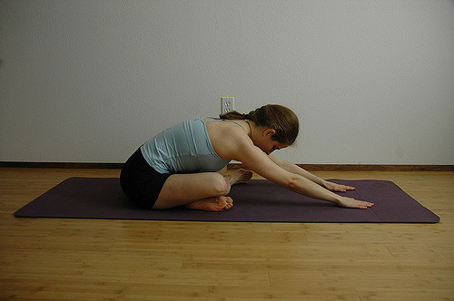 seated-forward-fold
